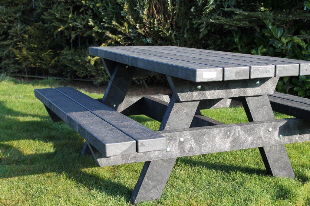 gerecycled kunststof picknicktafel danzig